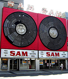 sam_record_man